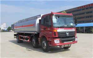 15-20吨福田欧曼小三轴油罐车