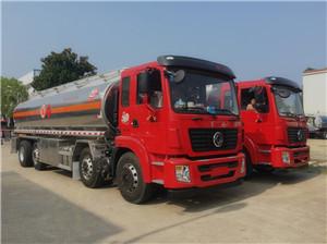 20-25吨国五东风铝合金油罐车