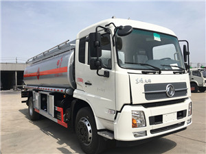 10-15吨国五东风天锦吨运油车