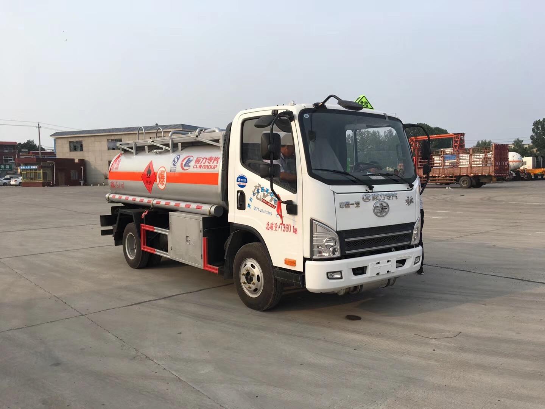 5吨解放加油车(柴油公告)